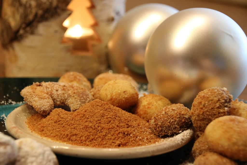 Plätzchen mit gesundem Kokosblütenzucker für Weihnachten